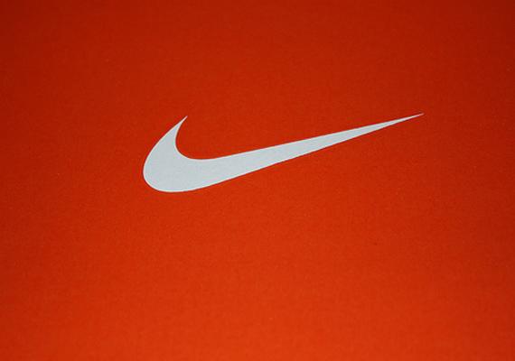 Nike значок